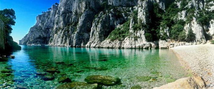 Les plus belles calanques de marseille blog samboat - Place de port disponible mediterranee ...