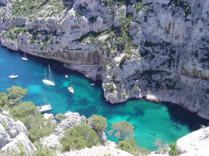 les plus belles calanques de marseille blog samboat. Black Bedroom Furniture Sets. Home Design Ideas