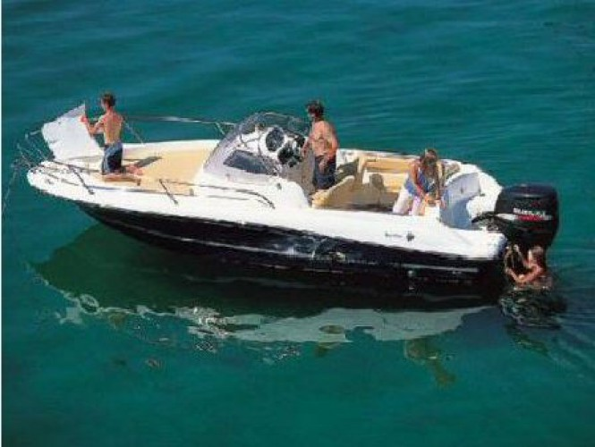 bateau-lavandou-samboat-moteur