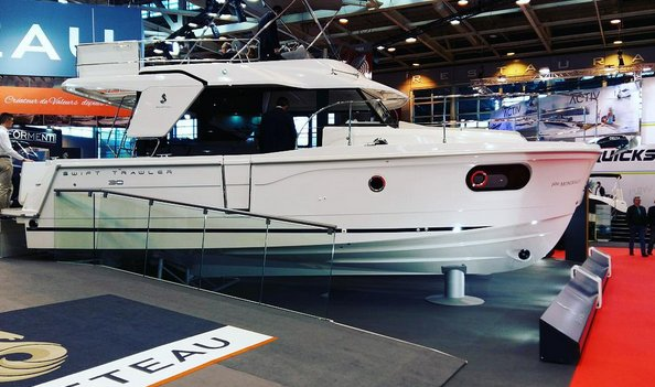 swift Trawler 30 - Beneteau au salon nautique de Paris Nautic 2015