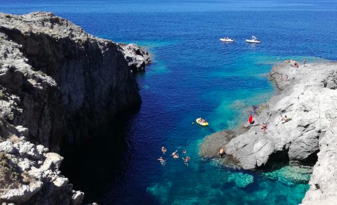 Gala Grotta itinéraire Sardaigne en bateau