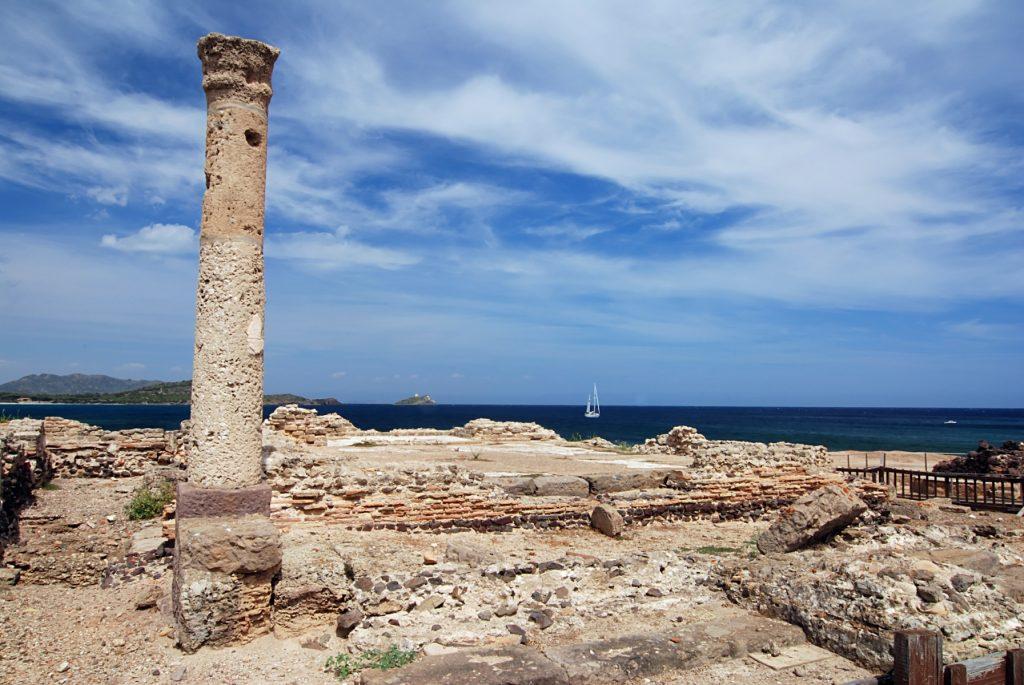 Site archéologique di Nora Sardaigne itinéraire bateau