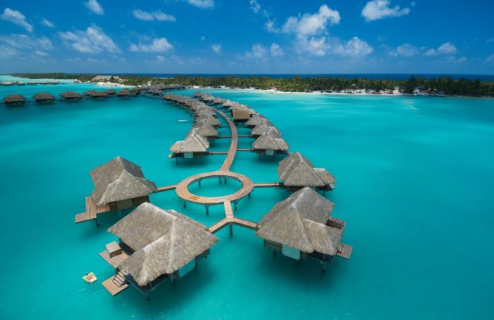 image de la polynesie et des eaux turquoises