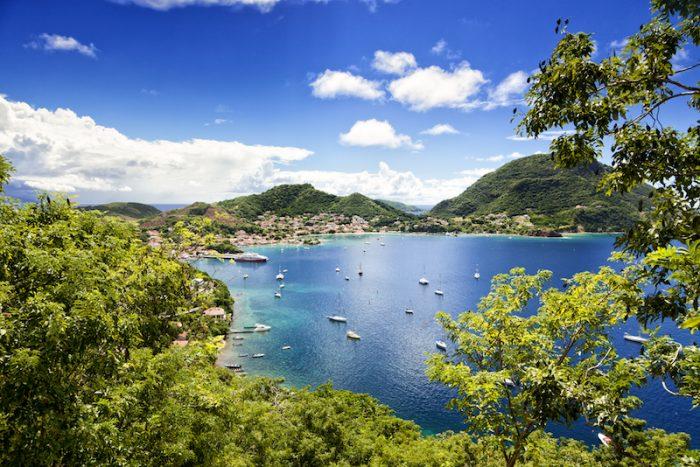Photo de la baie de l'archipel des saintes en guadeloupe