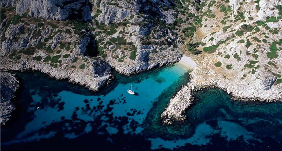 La calanque de Monasterio, sur l'île de Riou à Marseille