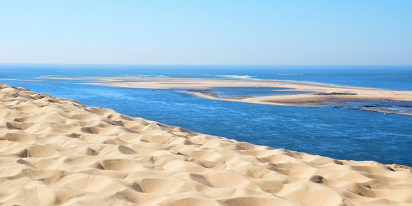 La vue de la Dune du Pilat sur le Banc d'Arguin