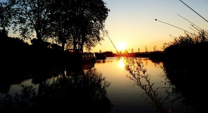 Lever de soleil sur le Canal du Midi