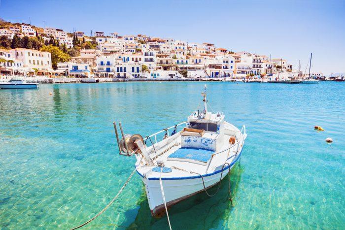 Village de Batsi, île d'Andros, Cyclades, Grèce