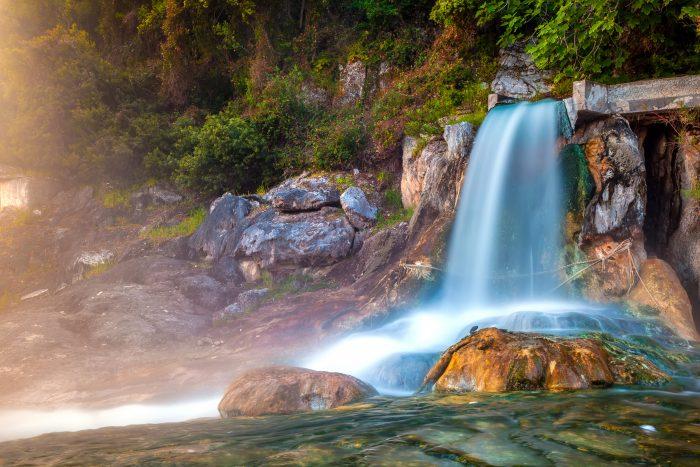 Sources thermales d'eaux chaudes de Loutra
