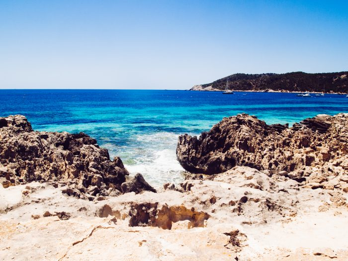 nature sauvage sur la plage de Las Salinas, Ibiza, Espagne itinéraire de navigation d'une journée à Ibiza