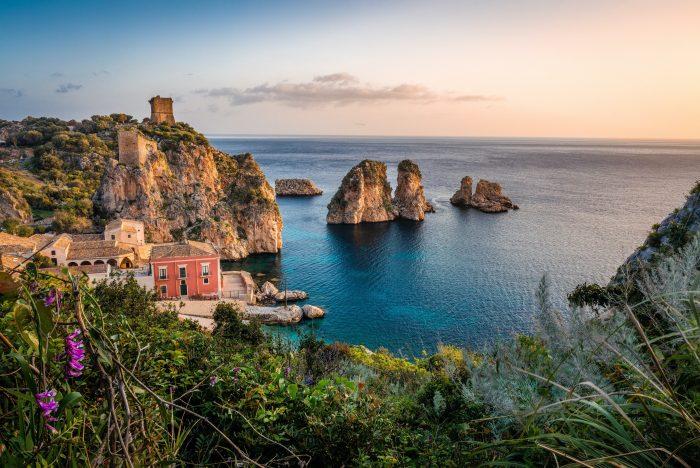 Découvrez Scopello en Sicile grâce à l'itinéraire de navigation Samboat